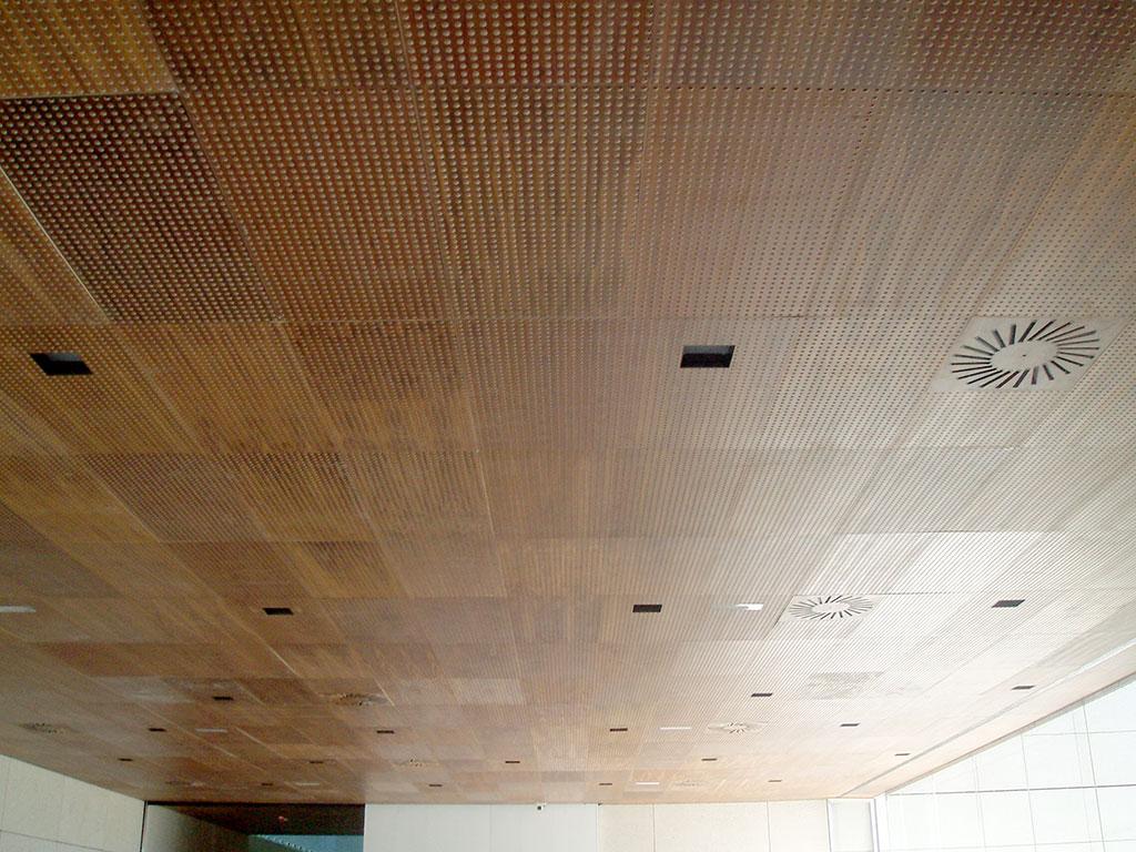 Falsos techos de madera paneles de viruta prensada - Empanelados de madera ...